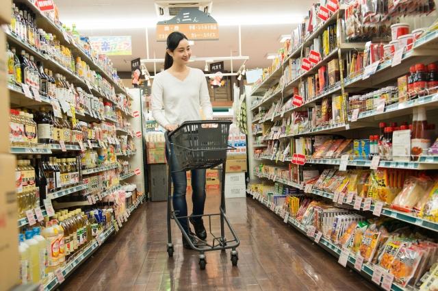 少なめの食材を買う人のほうが食べものを捨てている?!