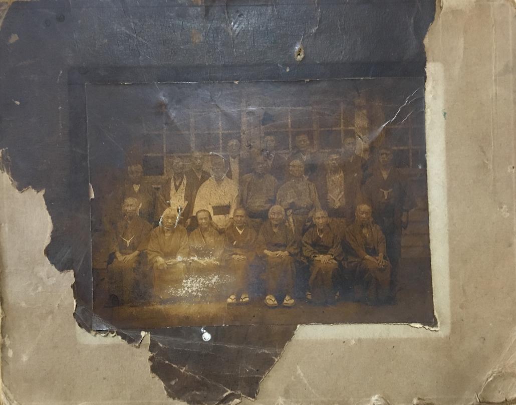 終戦から73年、語り手をなくした古い写真たちが語ること